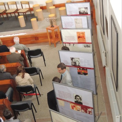 06 - výstava Děvčata z pokoje č.28