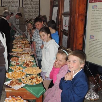 08 - dětičky s občerstvením