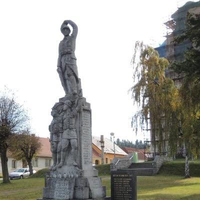 valecny-pomnik-v-nove-cerekvi