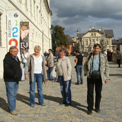 04-muzejnici-po-vystave