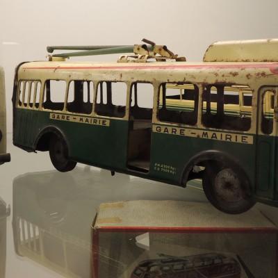 06-stare-autobusy