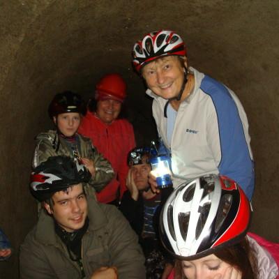 06 - muzejníci v podzemí