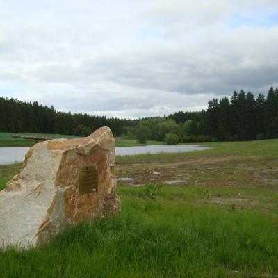 kámen u horního rybníka