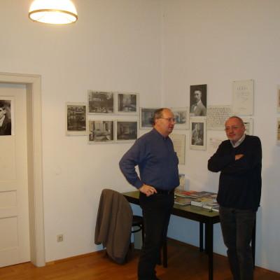 pan Procházka a správce Kafkova muzea