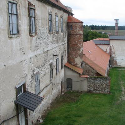 03 - Uherčice, tzv. starý zámek