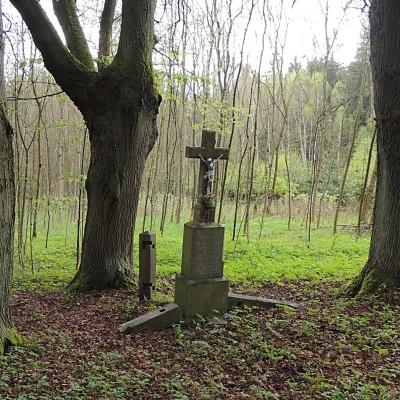 08 - kříž rodiny Kovářovy