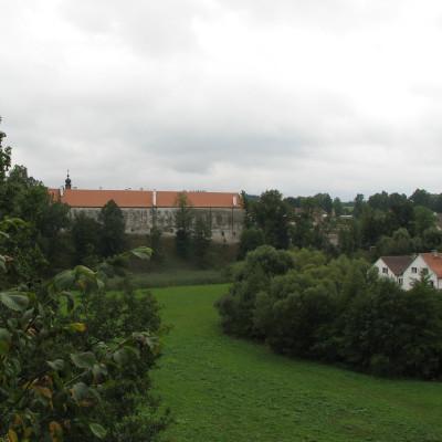 08 - vyhlídka od zříceniny na Uherčice
