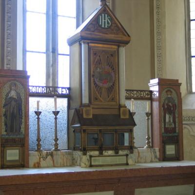 secesní oltář