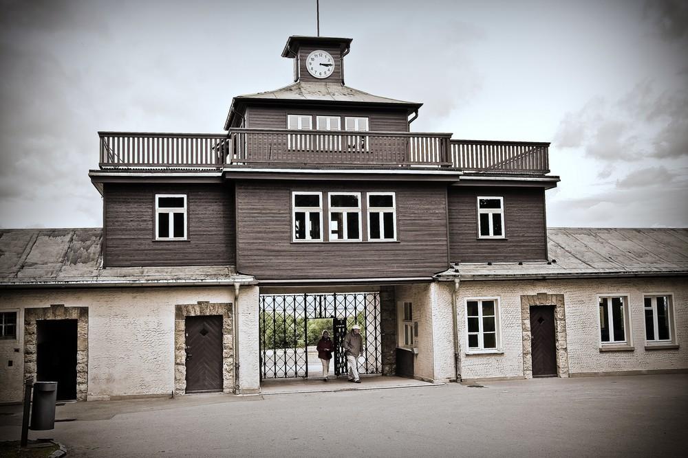 Brána do KCL Buchenwald