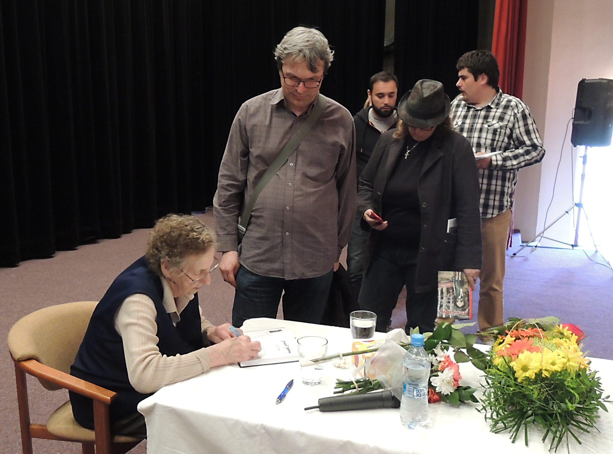 Autogramiáda autorky