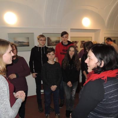 08 - povídání se školáky