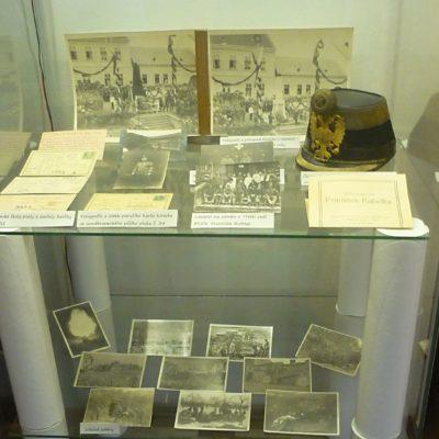01 - výstava k 1. sv. válce