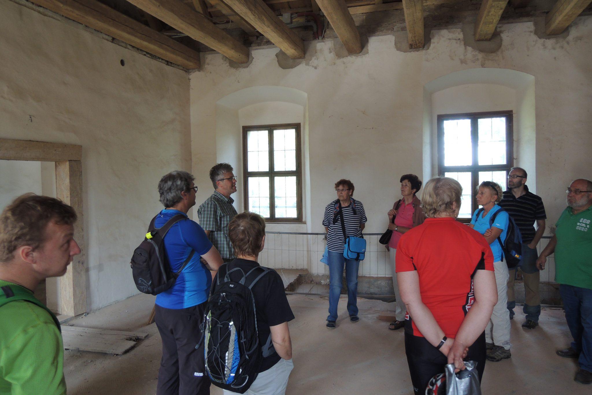 V rekonstruovaném sále