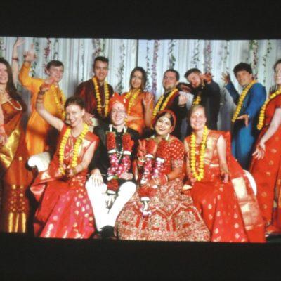 Slavnostní oblečení svatebčanů