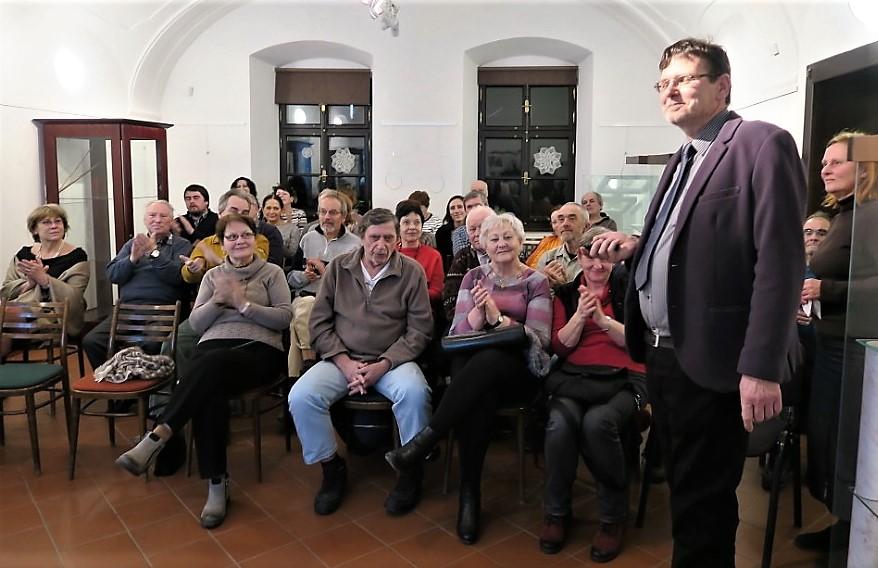 Ing. Jiříček s posluchači